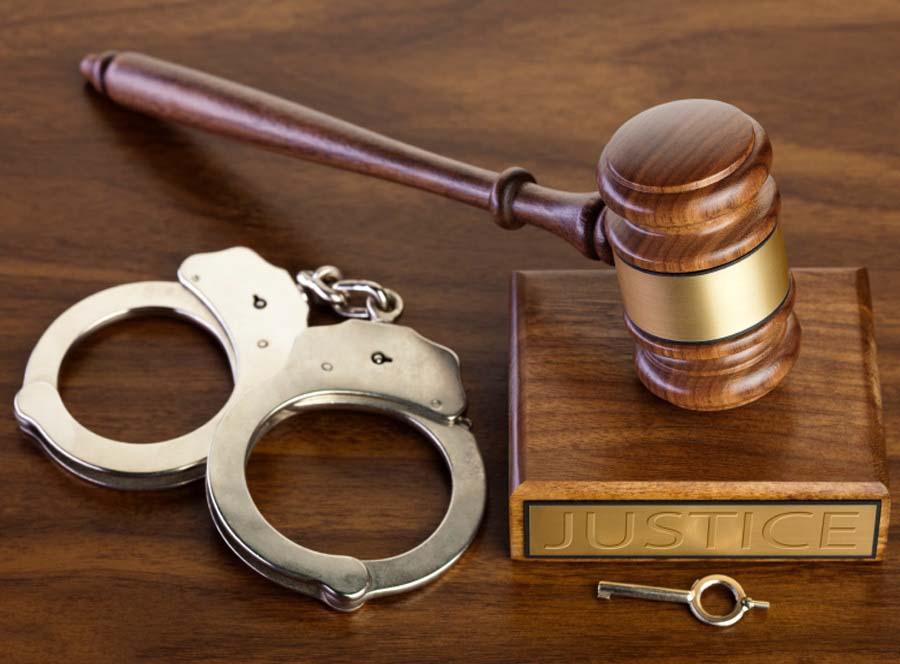 Nguyên trưởng văn phòng công chứng bị đề nghị truy tố